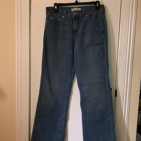 d96b2122cba Levi's Jeans | Levi Strauss Perfectly Slimming Boot Cut 512 Sz 8 ...